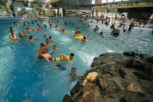 Zwembad roompot beach resort