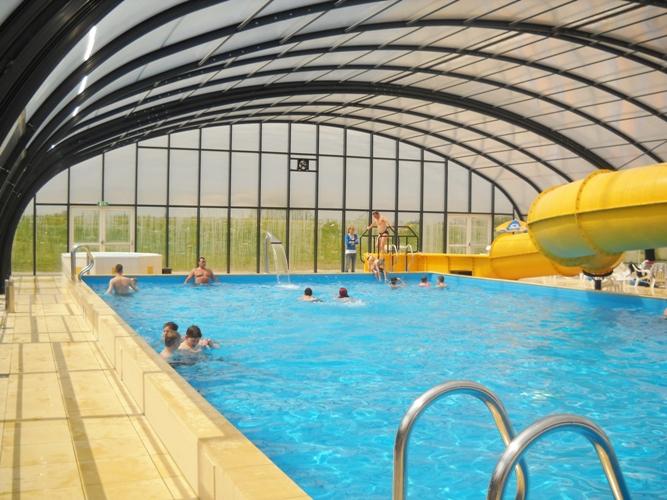 Campings met overdekt zwembad het zwarte schaar doesburg gelderland - Zwarte voering voor zwembad ...
